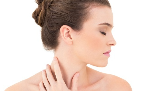 Penyebab Jerawat di Leher dan Pilihan Cara Mengatasinya